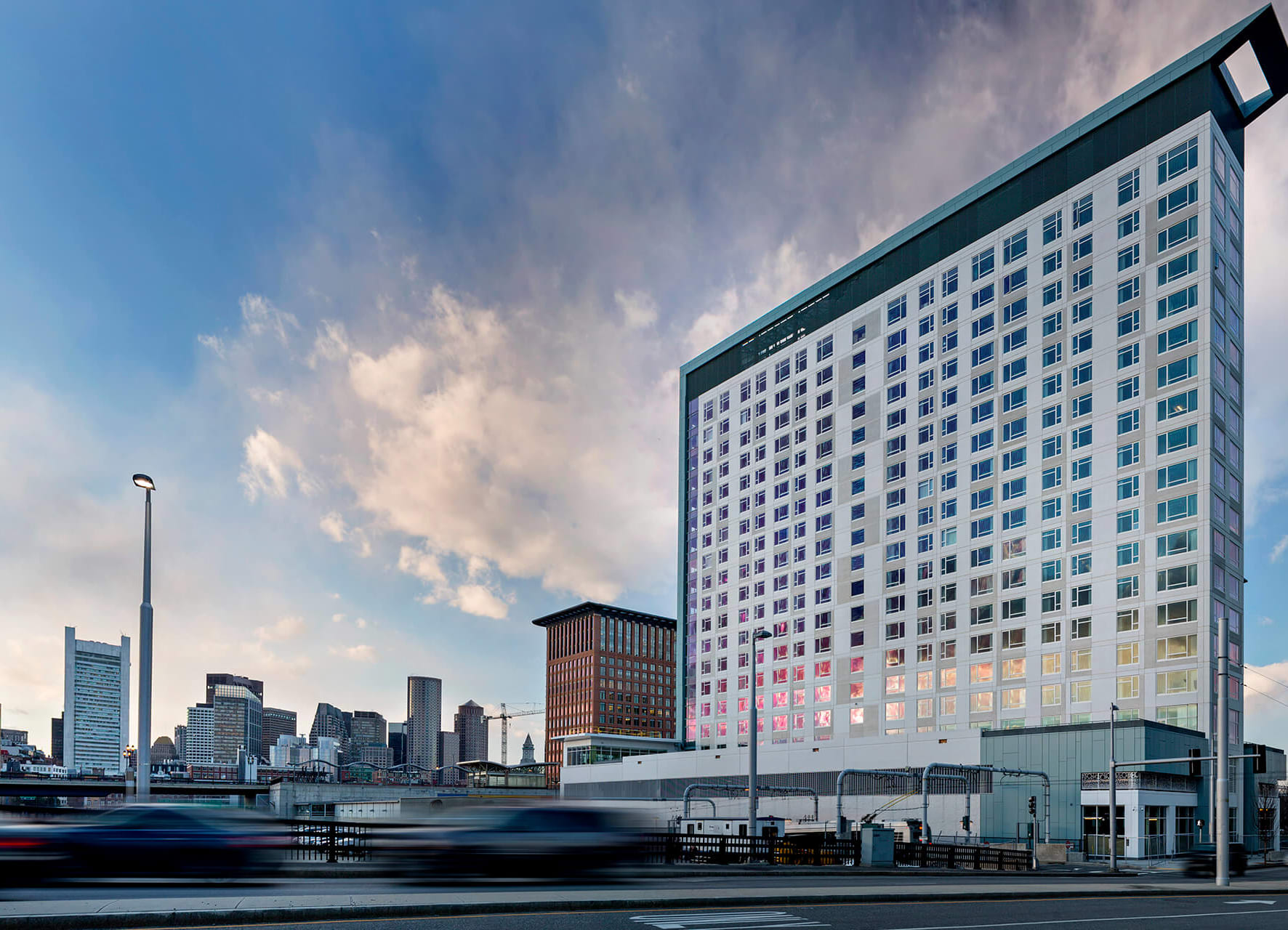 Luxury Apartment Homes Available at Waterside Place by Windsor, 505 Congress S, Boston