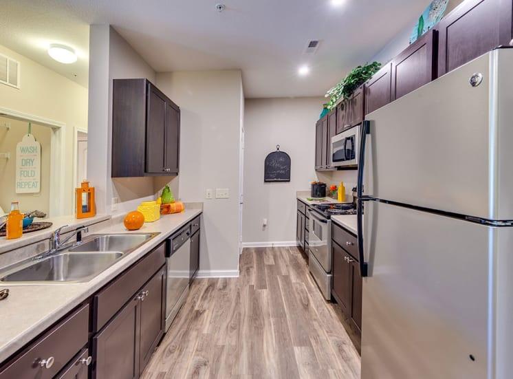 Pavilion-Village-Apartments-Kitchen