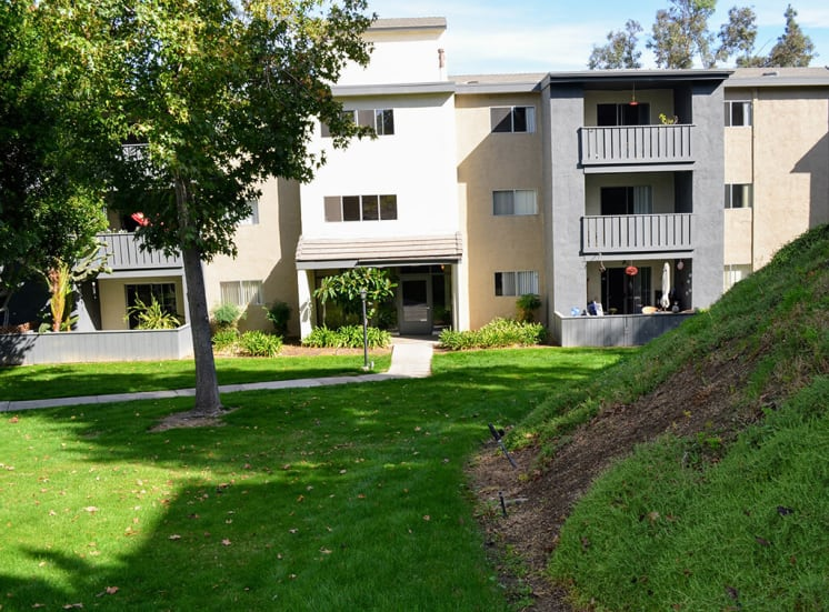 Beautiful Surrounding at Morning View Terrace Apartments, Escondido, California