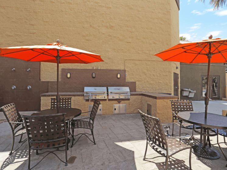 Grilling and Picnic Area at Village at Desert Lakes, Las Vegas, NV