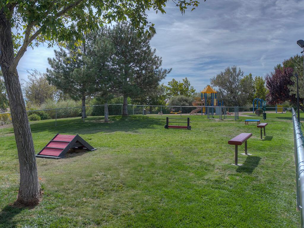 Leave Your Pet Unleashed In Pet Park at Vizcaya Hilltop, Reno