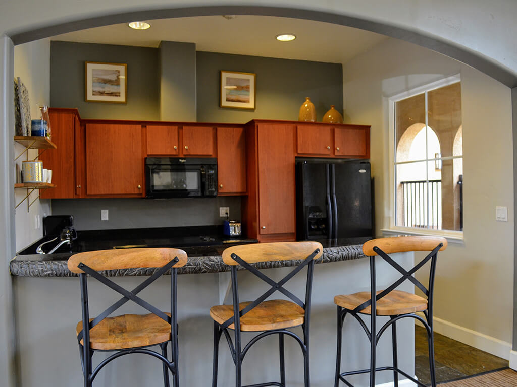 Gourmet Kitchen with Breakfast Bar and Pantry at Sterling Village Apartment Homes, Vallejo, CA
