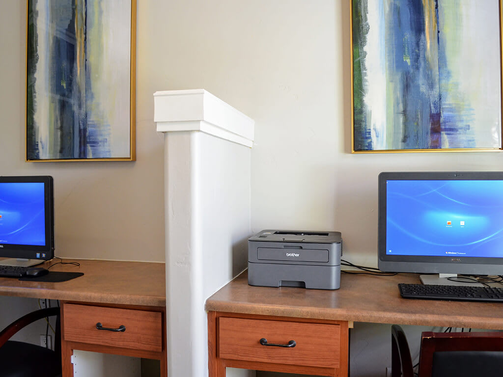 Cyber Cafe with High Speed Internet Access at Sterling Village Apartment Homes, Vallejo, CA