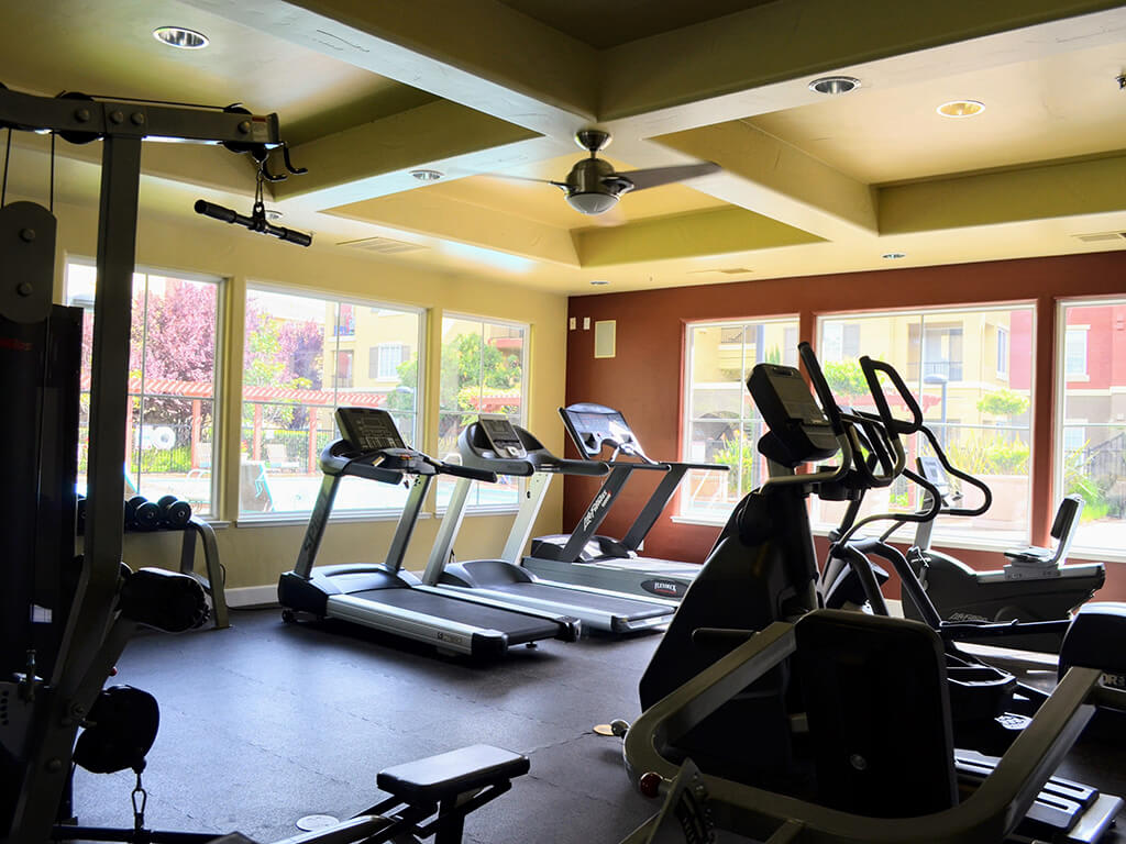 Fitness Center with Free Weight at Sterling Village Apartment Homes, Vallejo, California