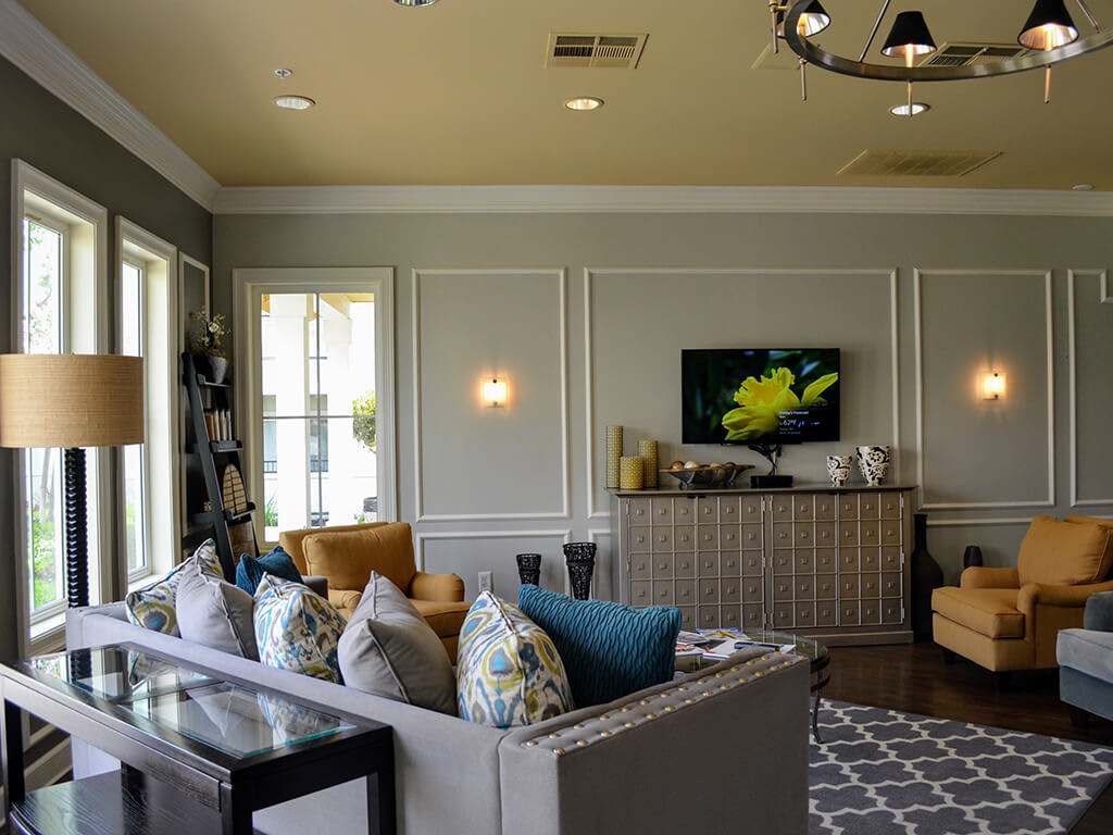 Airy Nine-Foot Ceilings with Crown Molding Accents at Waterstone Apartment Homes, Tracy, 95377