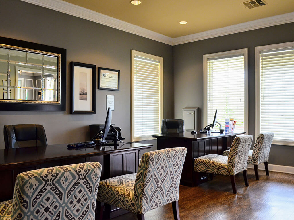 Modern Internet Cafe at Waterstone Apartment Homes, CA, 95377