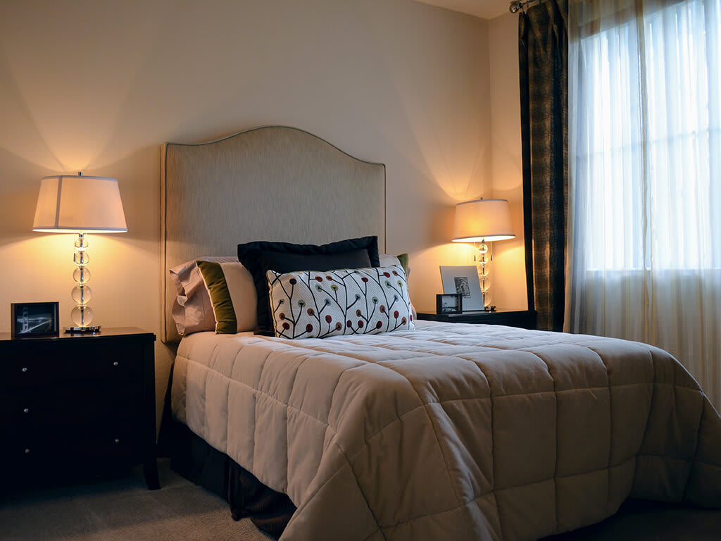 Classic Bedroom at Waterstone Apartment Homes, California, 95377