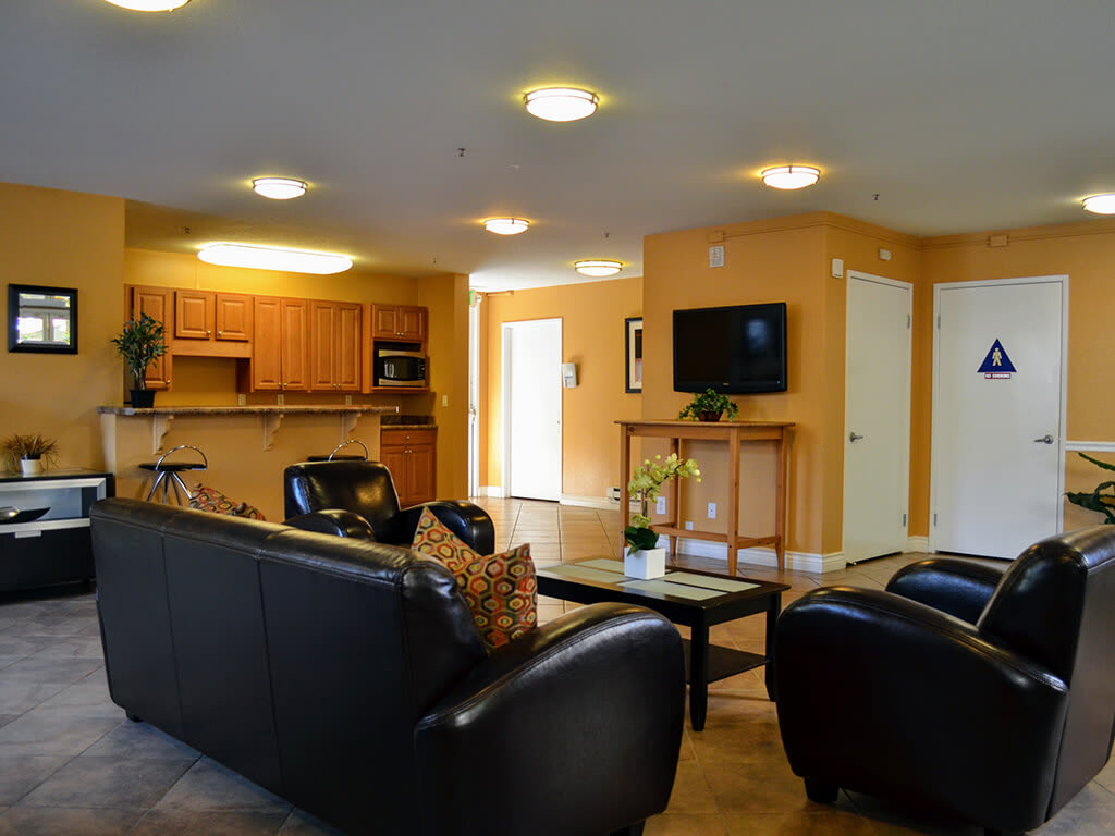 Modern Clubhouse with Kitchen at Del Norte Place Apartments, CA, 94530