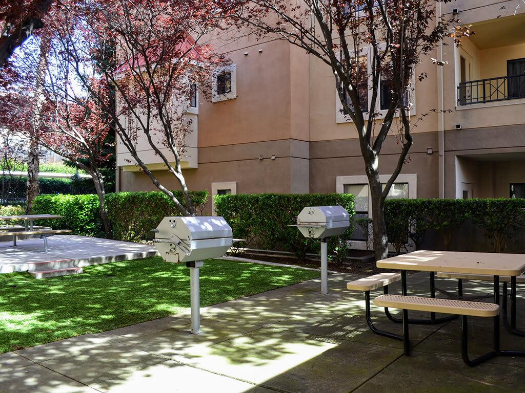 Outdoor Grilling Station at Del Norte Place Apartments, 11720 San Pablo Avenue, 94530