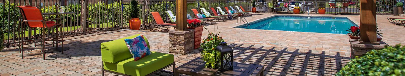 swimming pool and amenity deck at Mills at 601