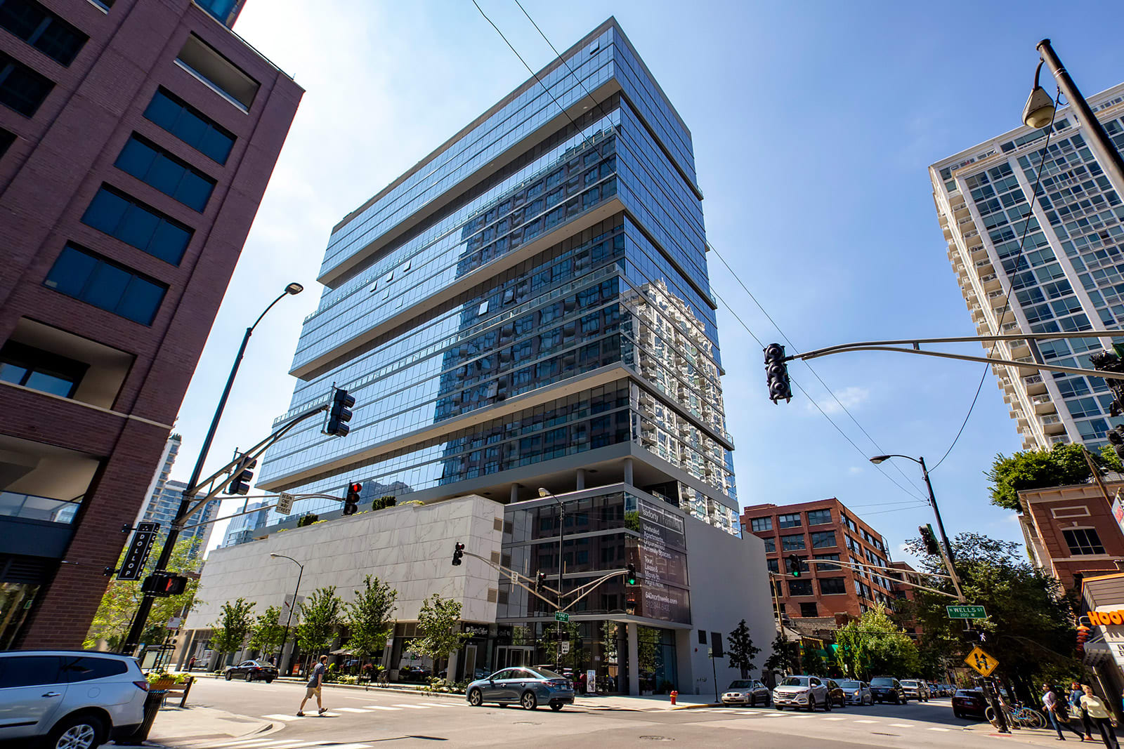 Ultra-Luxury River North Apartments at 640 North Wells, Chicago, 60654