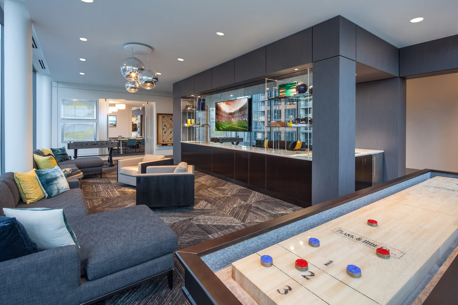 Game Room and Lounge Space at 640 North Wells, Chicago, 60654