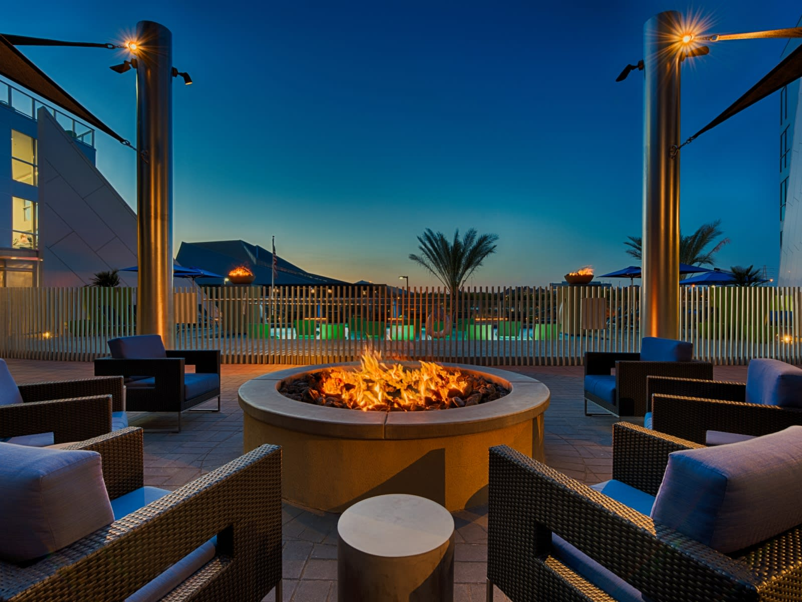Tempe Luxury Apartments - Skywater at Town Lake Fire Pit with Lounge Seating