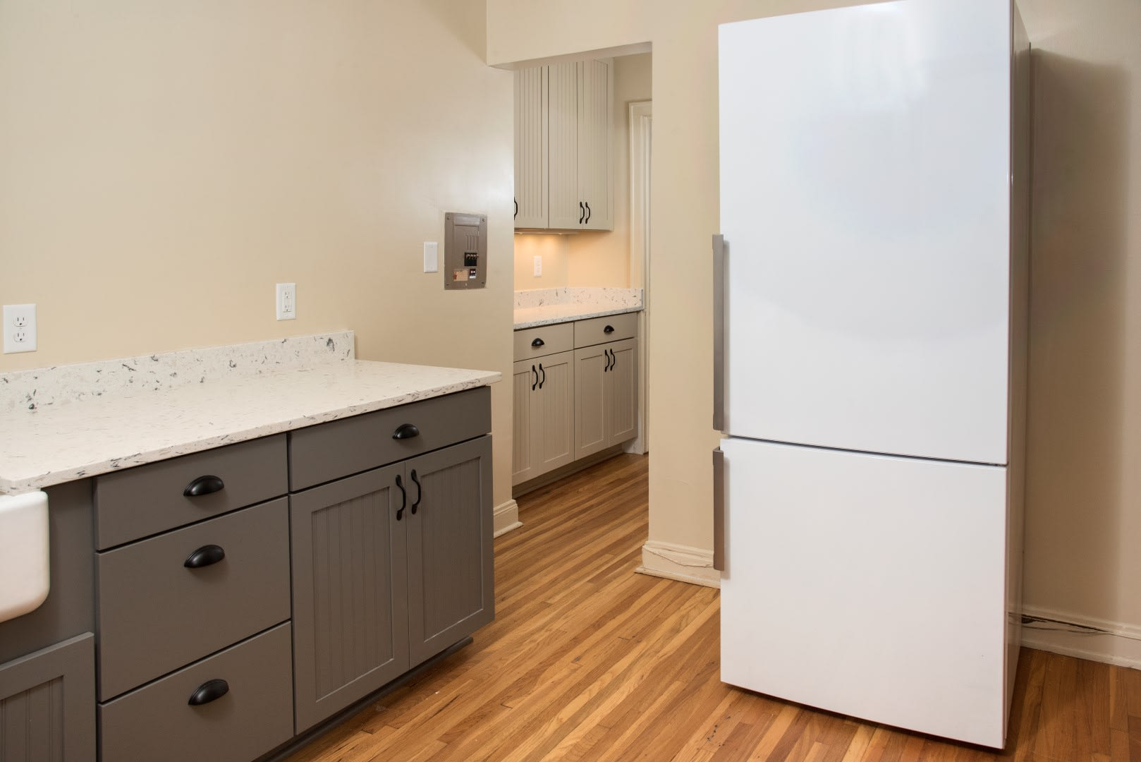 Family Sized Refrigerator with Freezer in Kitchen of 3500 Dupont