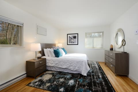 Atlantic Pointe Apartments Bedroom