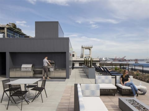 Rooftop Lounge in Daytime at 10 Clay Apartments in Seattle, WA