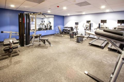 Fitness Center With Updated Equipment at Le Blanc Apartment Homes, Canoga Park, 91304