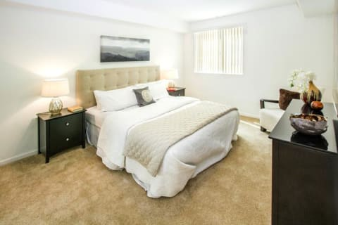 Spacious Interior at Le Blanc Apartment Homes, Canoga Park, CA, 91304