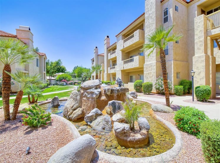 Huge courtyard fountain at Ventana Apartment Homes in Central Scottsdale, AZ, For Rent. Now leasing 1 and 2 bedroom apartments.