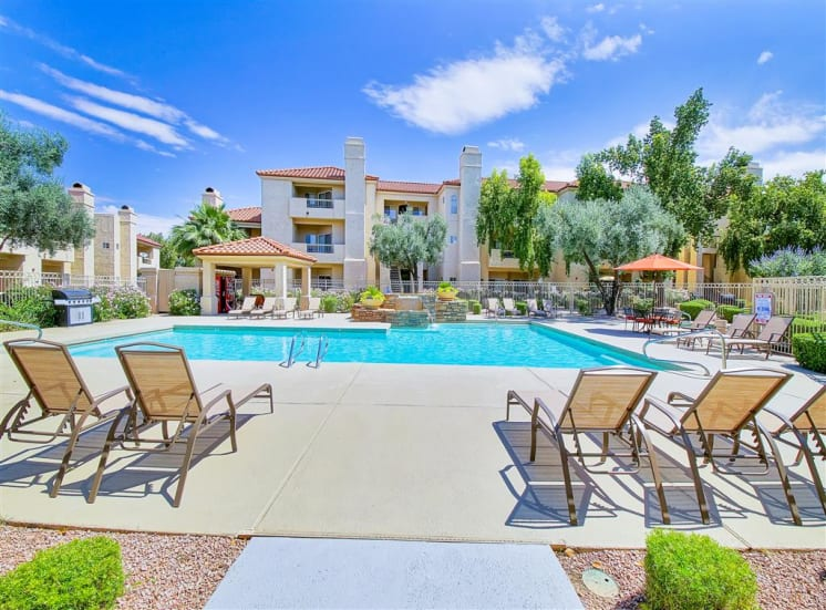 Swimming pool with fountains and cabana at Ventana Apartment Homes in Central Scottsdale, AZ, For Rent. Now leasing 1 and 2 bedroom apartments.