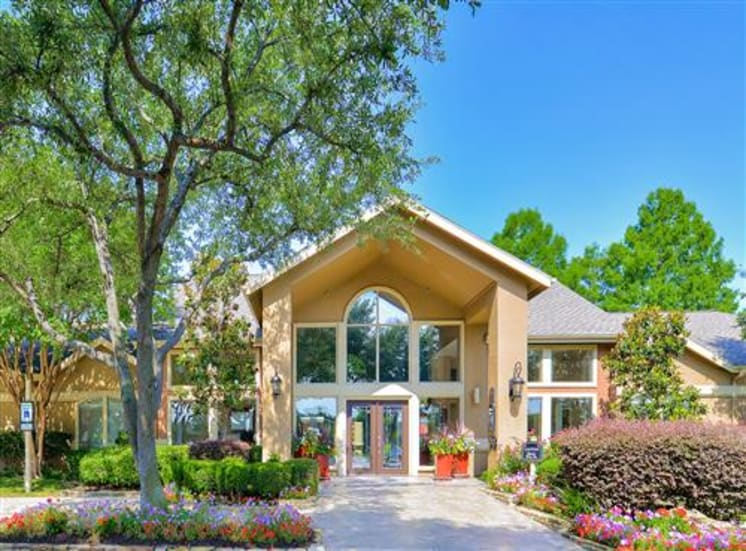 Controlled Access Gated Community at The Winsted at Valley Ranch in Irving, TX, For Rent. Now leasing 1 and 2 bedroom apartments.