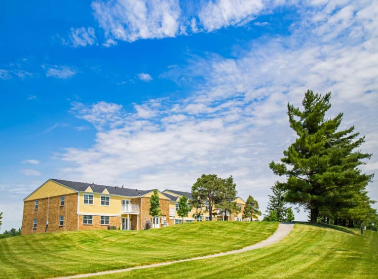 Gramercy Apartments Camel Indiana, 945 Mohawk Hills Dr Carmel IN, carmel apartments, indianapolis apartments, 1 bedroom, 2 bedroom, 3 bedroom, townhomes indianapolis, homes for rent indianapolis