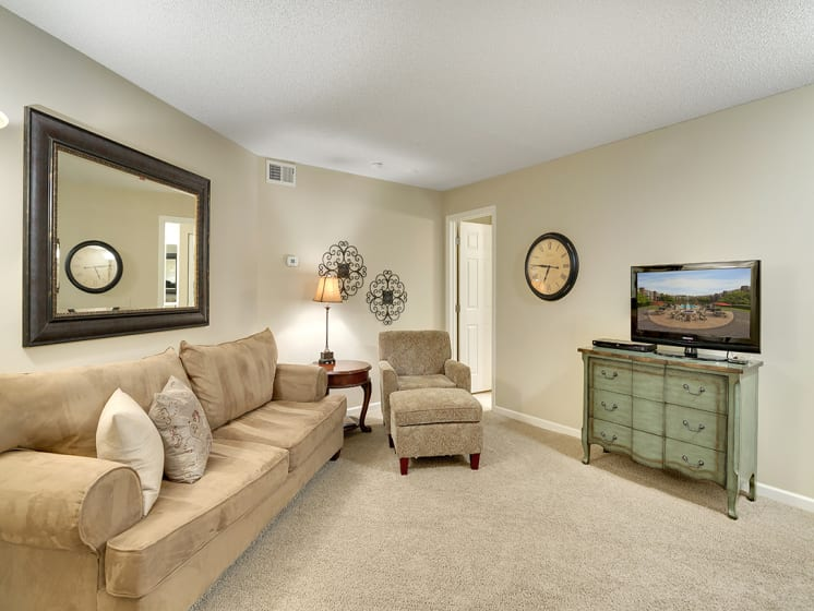 The Riverwood Apartments in Lilydale, MN Guest Suite