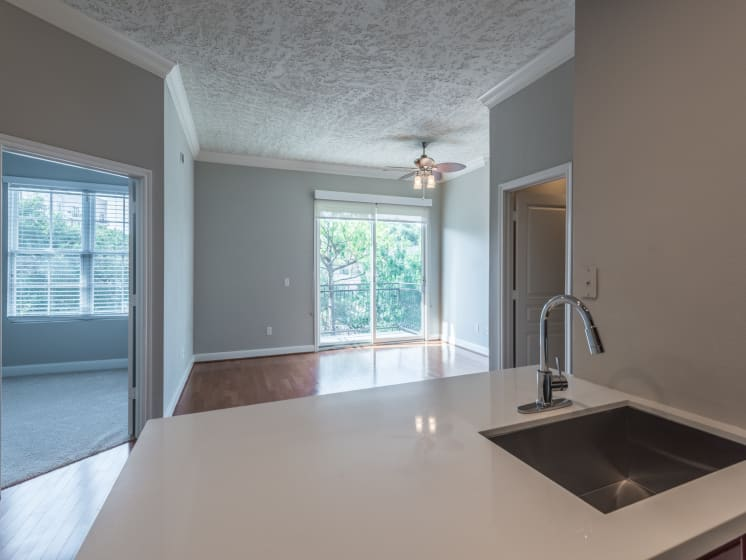 kitchen apartments in downtown houston