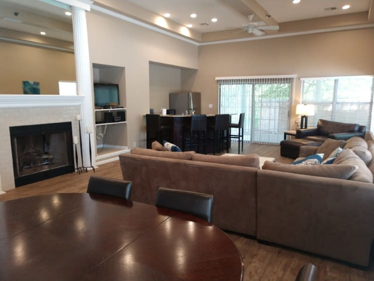Living Room At Clubhouse at Deer Run Apartments, Brown Deer, WI