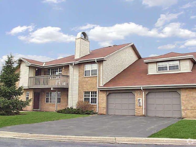 Garages Available at Deer Run Apartments, Brown Deer, WI, 53223