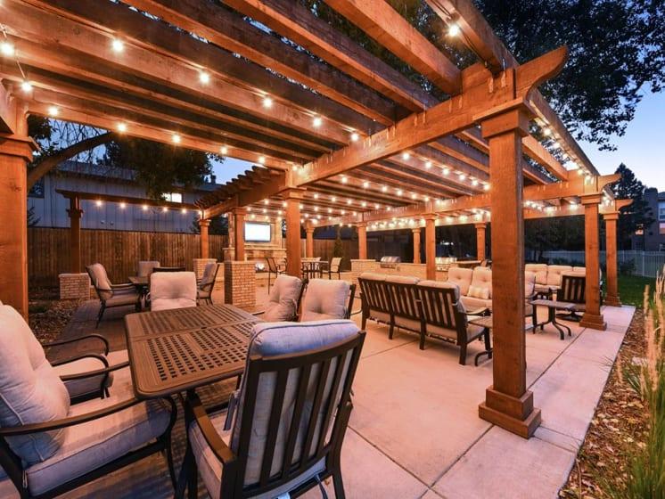 Resort Like Lifestyle at Verdant Apartment Homes, Colorado
