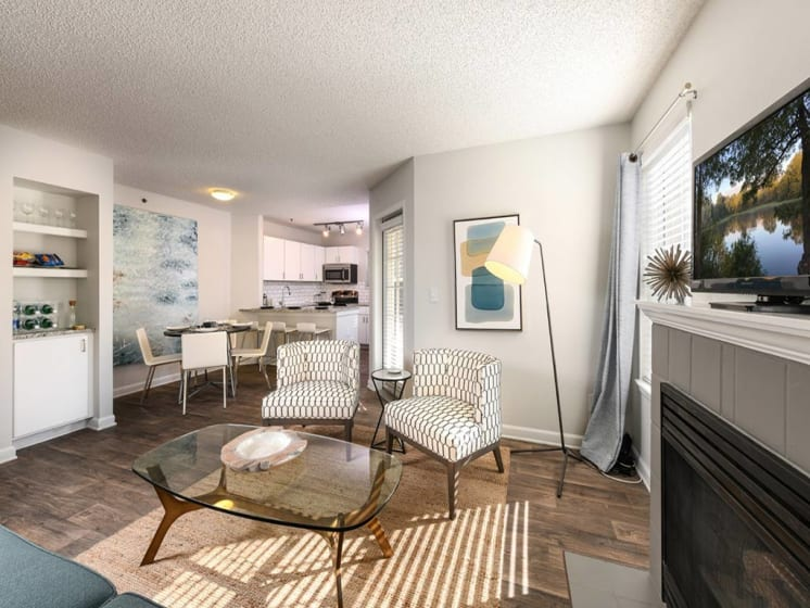 Living Room With Television at Verdant Apartment Homes, Boulder