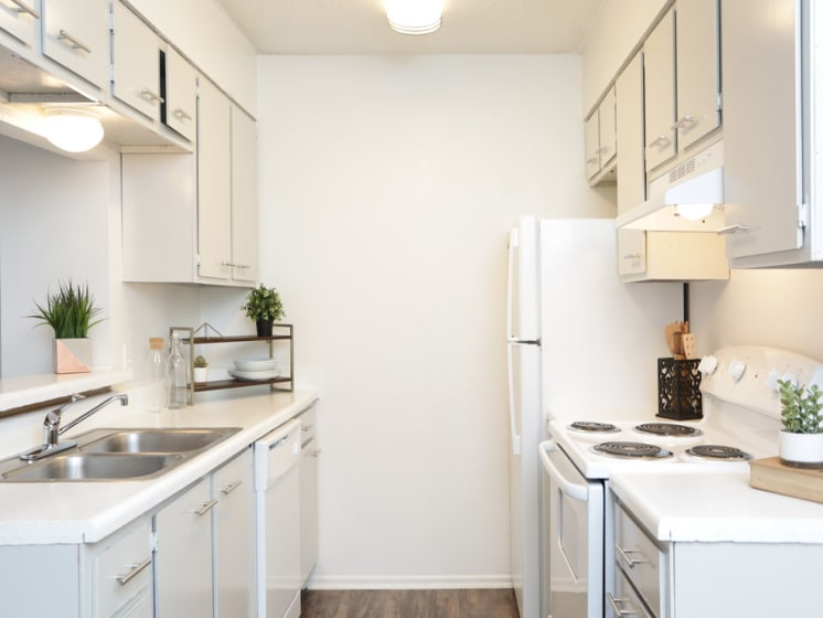 kitchen live oak apartments for rent