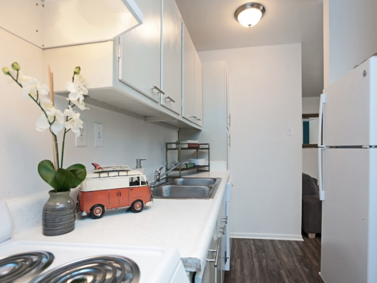 live oak apartments for rent kitchen