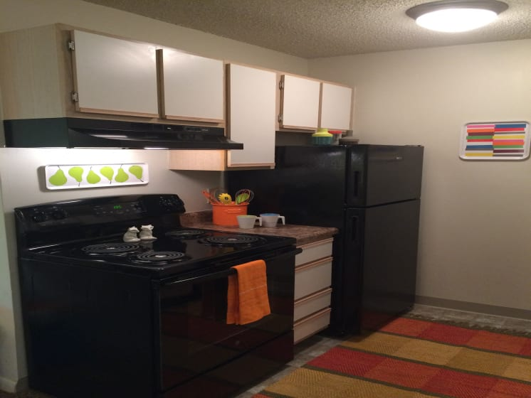 Fully Equipped Kitchen at Fox Run, Dayton, OH