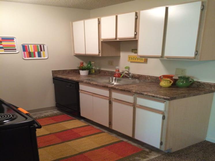 Kitchen With Ample Storage at Fox Run, Dayton, 45426