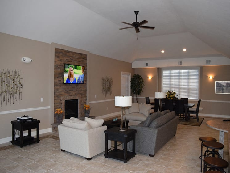 Clubhouse Lounge Area at Stoney Pointe Apartment Homes, Wichita, KS