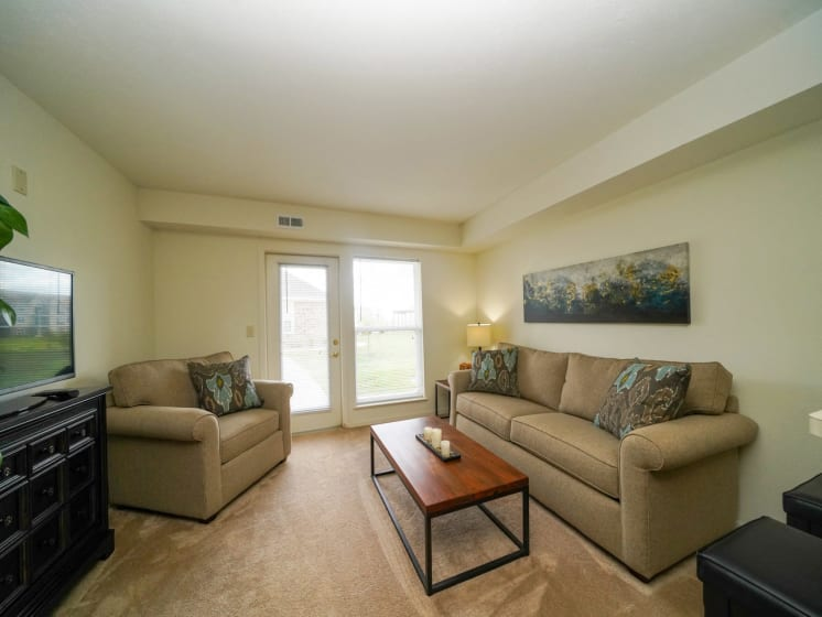 Modern Living Room Space at Stoney Pointe Apartment Homes, Wichita, KS