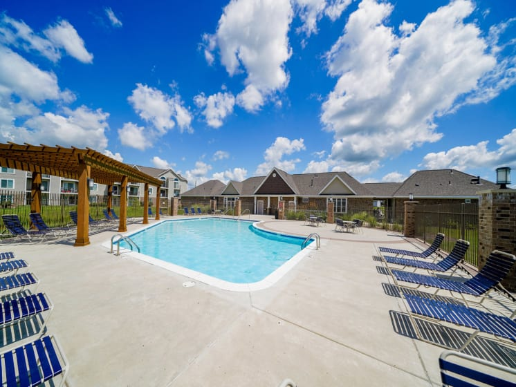 Large Poolside Sundeck at Stoney Pointe Apartment Homes, Wichita, Kansas