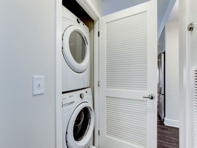 Full Size Front Loading Washers and Dryers All Apartments