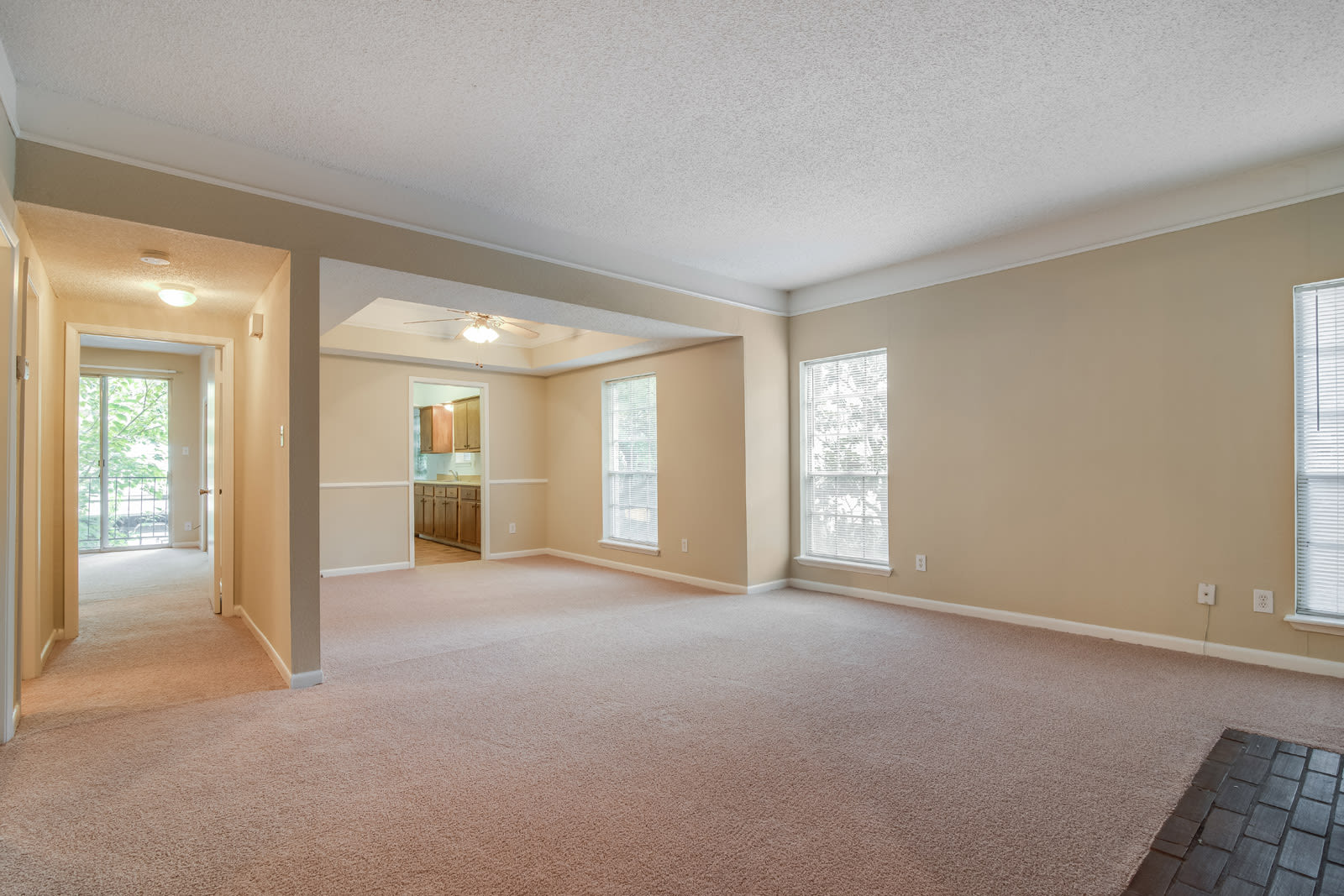Large Windows Let in Abundant Natural Light at Allen House Apartments, 3433 West Dallas Street, Houston
