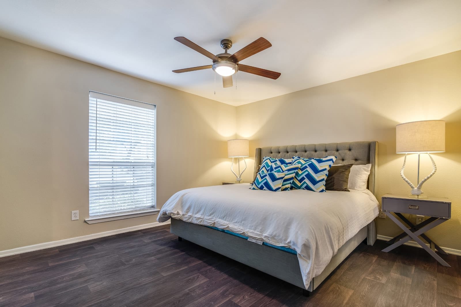 Contemporary Fans Throughout at Allen House Apartments, Houston, TX