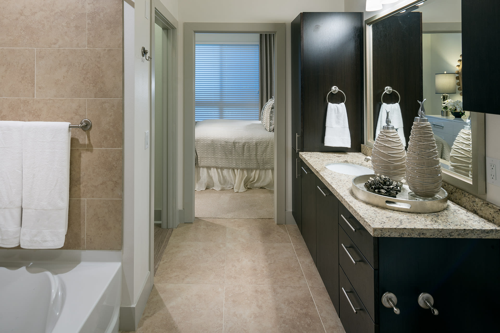 Spa-inspired bathrooms with large soaking tubs at Cannery Park by Windsor, San Jose, California