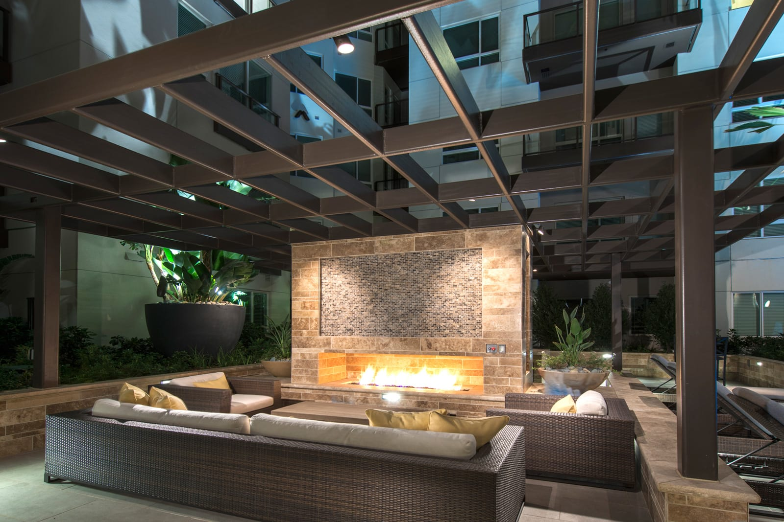 Outdoor Fireplace at 1000 Grand by Windsor, 90015, CA