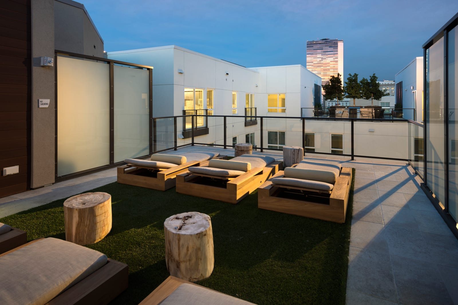 Three Rooftop Sky Decks with City Views at 1000 Grand by Windsor, 1000 S Grand Ave, Los Angeles