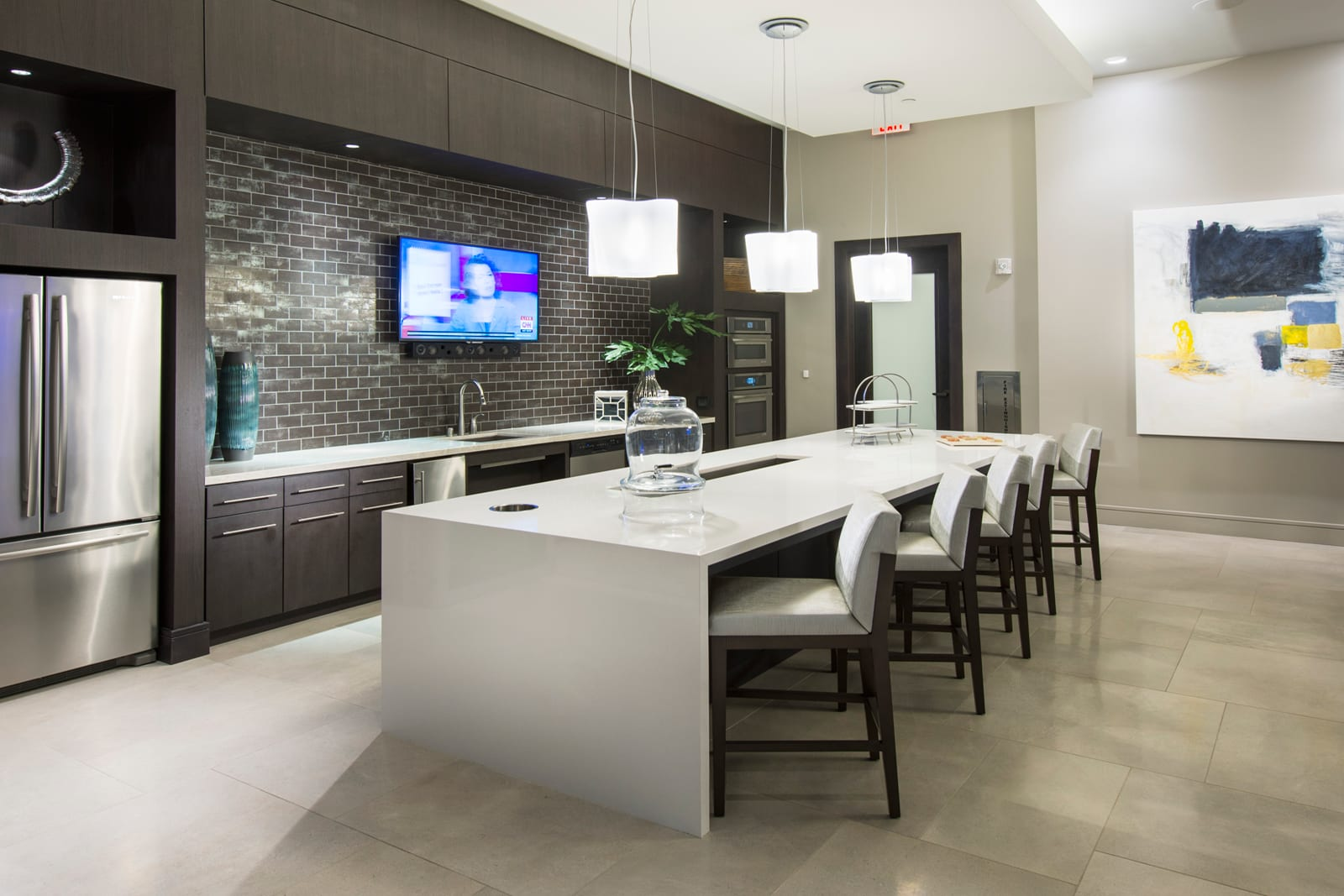 Catering Kitchen Lounge at 1000 Grand by Windsor, Los Angeles, CA