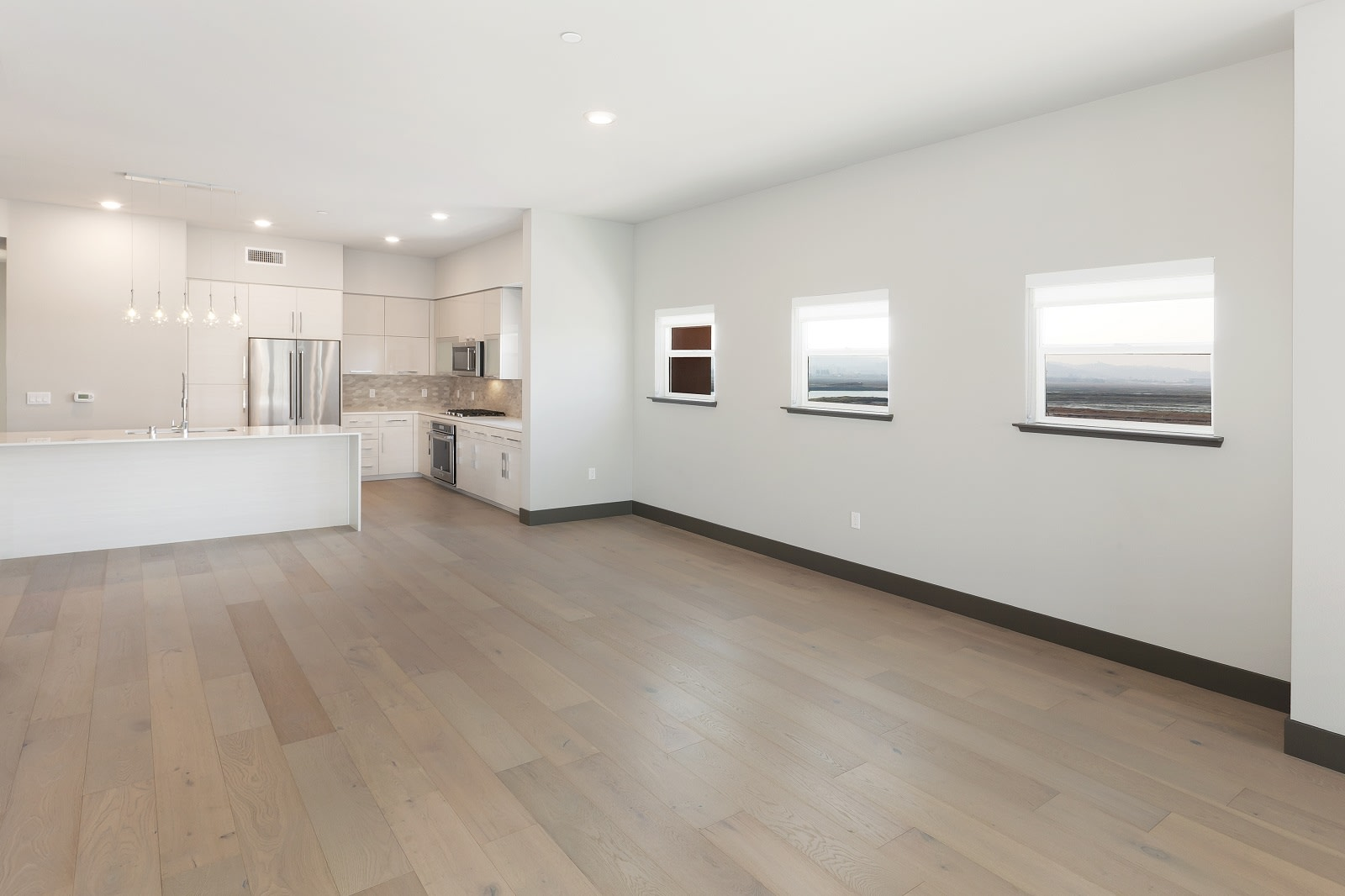 Hardwood Floors in Penthouses at Blu Harbor by Windsor, CA, 94063