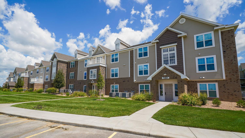 New Apartment Community at Stoney Pointe Apartment Homes, Wichita, KS