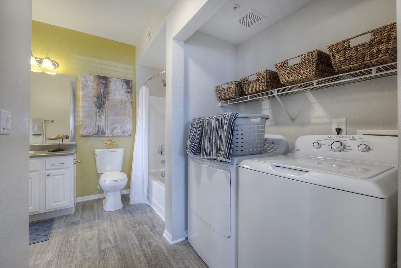 Washer and Dryer at Manzanita Gate Apartment Homes, NV 89523
