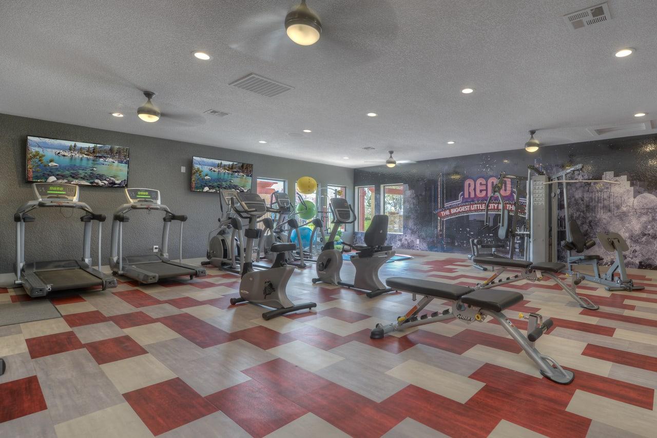 Fitness Center at Vizcaya Hilltop Apartment Homes, NV, 89523